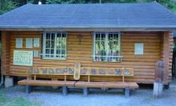 Von Höfen zur Lourdesgrotte